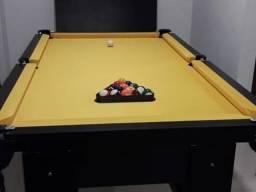 Mesa de 4 pés da Cor Preta com Tecido Amarelo Mod LCVO1921