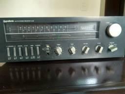 Receiver e caixas de som