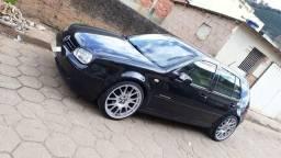 VW Golf Confortline c/ teto solar - 2006