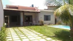 Casa com piscina na 106 norte ARNE12