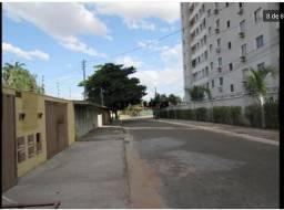 Alugo Quitinete / Barracão - St. Negrão de Lima