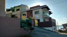 Venda-se este terreno de 182 m² com casa tríplex todo decorado na praia de Iriri/ES