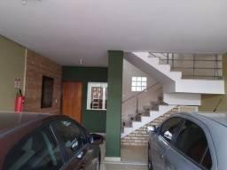 Apartamentos de 1/4 R$ 600,00 e outro de 2/4 R$ 800,00