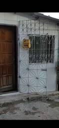 Alugo casa de 1/4 Rua Coronel Felisberto Caldeira Macaubas