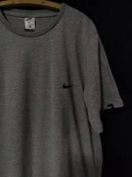 Camiseta Nike G