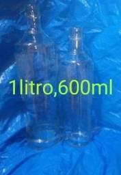 Vendo potes e garrafas de vidro vazias pra artesanato