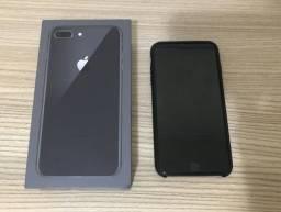 Iphone 8 plus 64GB na garantia