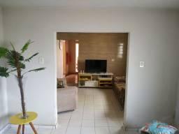 Vendo casa, Centro de Alto longá Piauí.