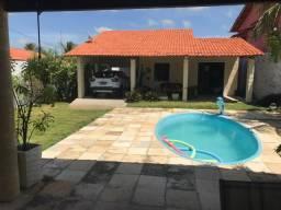 Vendo casa na Praia do Presídio, 11x30, porteira fechada, só R$260 mil