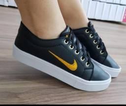 Tênis Nike e vans
