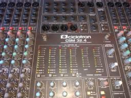 Mesa de som ciclotron 32.4 analógica.
