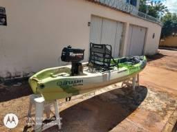 Caiaque Safari Power Jet com motor Toyama 2.6hp
