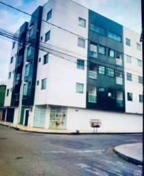 Cobertura em Ipatinga, 3 qts/suíte, 185 m², 2 vgs, 3 sacadas. Valor 380 mil