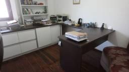 Conjunto de Escritório (Mesa, Arquivo e Estante)
