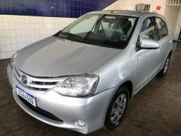 Toyota Etios Hatch 1.5 XS