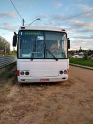 Ônibus mercedez O-370