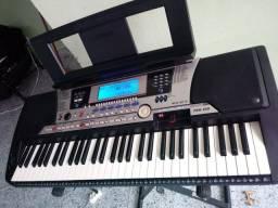 TECLADO YAMAHA PSR 550 (USB)