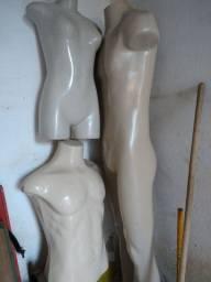 Manequins 2 bustus e um inteiro