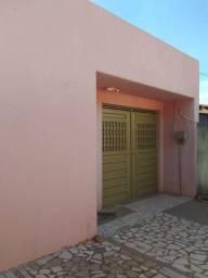 Vende-se uma casa na Vila gavião