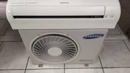 Ar condicionado Split inverter 12000 BTUs marca Samsung quente e frio