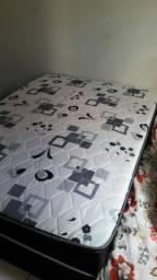 Vendo cama de casal coprada de molas  1 mês de uso