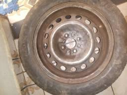 Vendo roda çom pneu usado 15