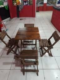Mesa com cadeiras 150