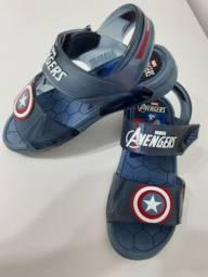 Sandália Avengers, número 29.