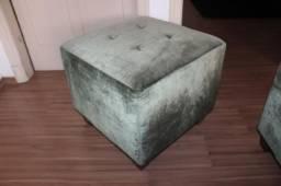 Puff em Tecido Verde 45 cm x  50 cm x  50 cm