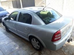 Astra sedan 2.0 8v  Completo GNV +COURO
