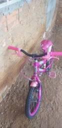 Vendo uma bicicleta infantil na cor Rosa