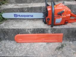 Vendo  motosserra Husqvarna 281 nunca usada