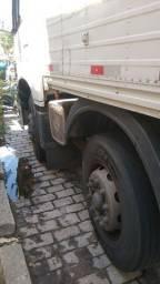 Vendo caminhão 4 eixo direcional