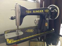 Máquina de costura Singer 15c