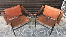 Poltronas de design ferro e couro