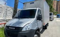 Caminhão IVECO DALY35s14