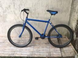 Bicicleta aro 26. Toda revisada em ótimo estado