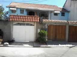 Aluga-se uma (1) casa em Campo Grande