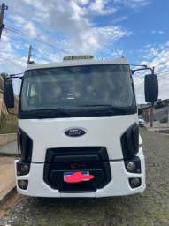 Ford cargo 2428 ano 2012 Bitruck