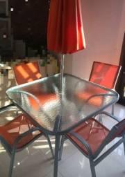 Mesa quadrada de acrílico NOVA com 4 cadeiras e 1 ombrellone