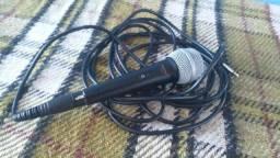 Microfone Shure lyric dynamic modelo 8700 com cabo