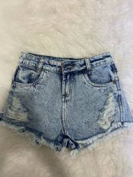 Short jeans Marca Surreal - Tamanho 34