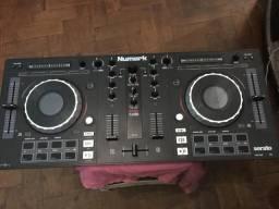 Controladora Dj Numark Mixtrack Platinum