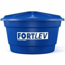 Caixa d'água 1000 litros usada