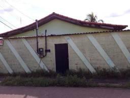 Casa residencial em ótima localização