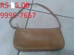 Bolsa feminina antiga usada em bom estado