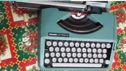 Máquina Datilografia Olivetti Lettera 82 Com Maleta e Isopor