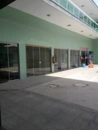 Lojas em centro comercial no terreirão recreio de frente pra rua