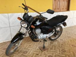 Moto CG 150 bem conservada - 2013