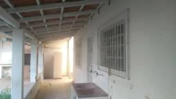 Vende-se casa localizada no bairro acaiaca em Piúma-ES